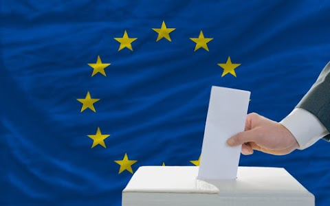 Csehországban is megkezdődött a voksolás