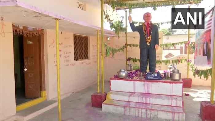 Bangalore, News, National, Donald-Trump, Death, Youth, Devotee, Bussa Krishna, Cardiac arrest, Donald Trump 'devotee' Bussa Krishna dies of cardiac arrest