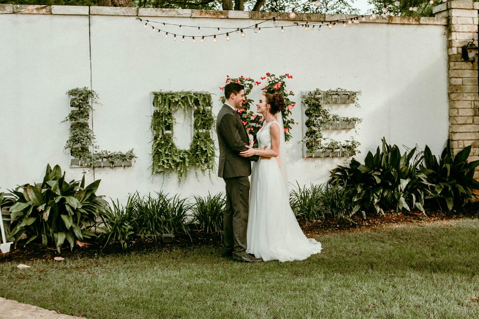 Morgan Pashen bride model \ wedding first look