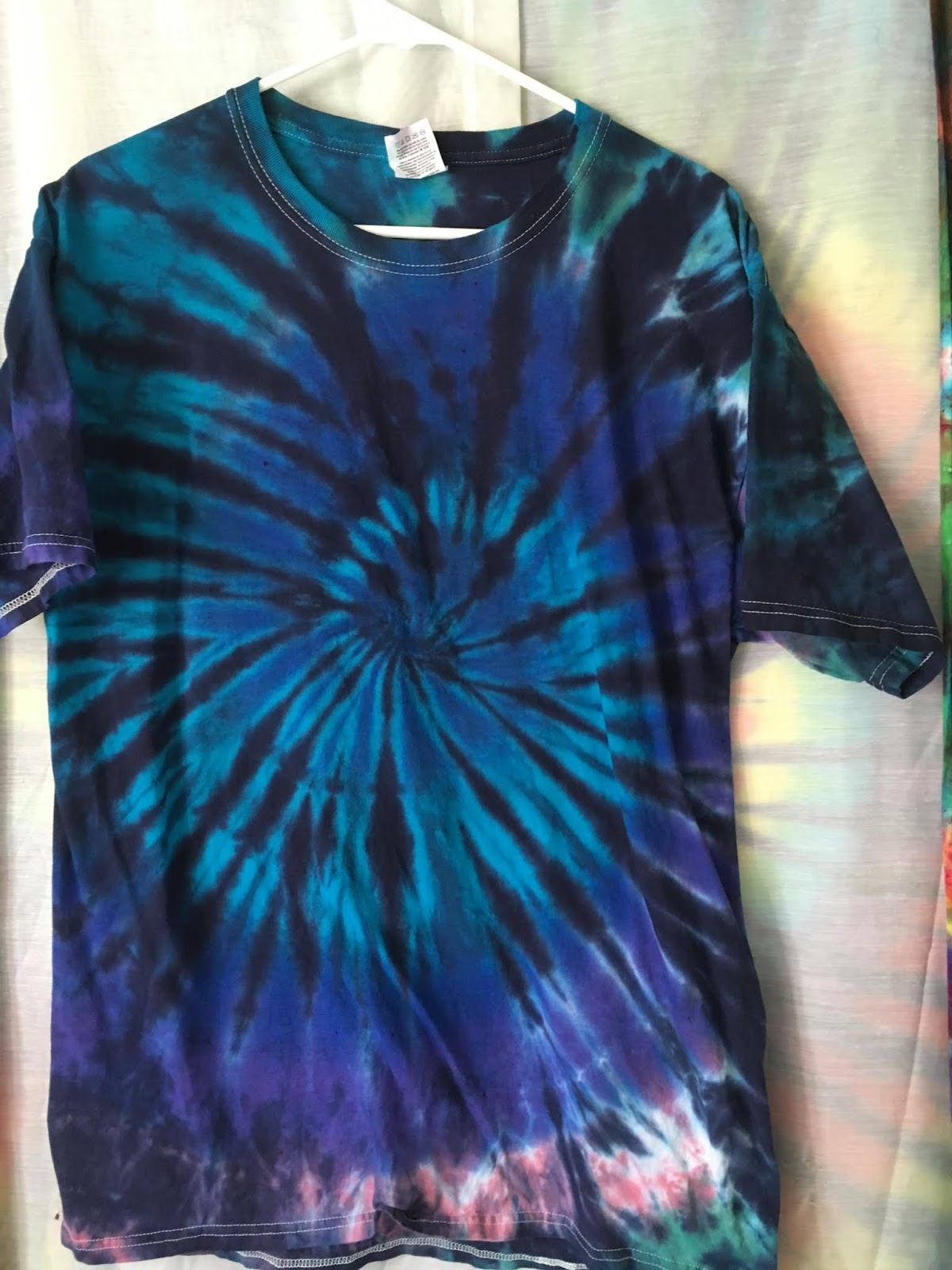 JustATish Designs: The Blues Have It - Tie Dye
