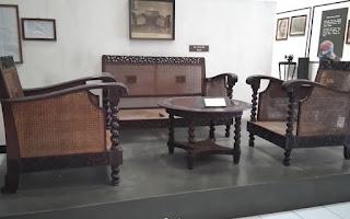 Ruang Tamu Ra Kartini