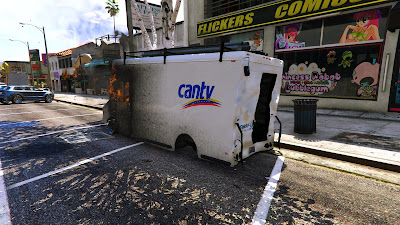 Habitantes de los Santos enardecidos por el mal servicio de Cantv quemaron uno de sus camiones