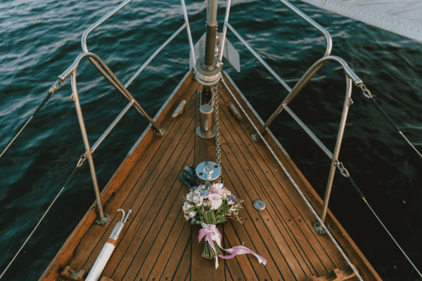 Liburan romantis naik kapal pesiar mulai 4 jutaan Nyenengin Pasangan nggak harus mahal