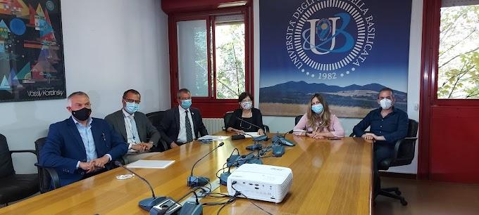 Firmato accordo tra l'Unibas e il Cip per la promozione dello sport