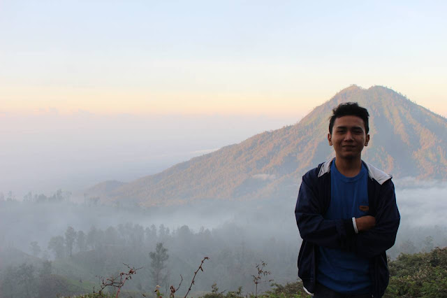 https://www.halolibur.com/2020/01/cara-mendaki-gunung-yang-aman-saat-musim-hujan.html