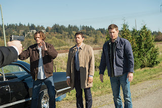 "Jared Padalecki as Sam Winchester, Misha Collins as Castiel, Jensen Ackles as Dean Winchester in Supernatural 12x08 ""LOTUS"""
