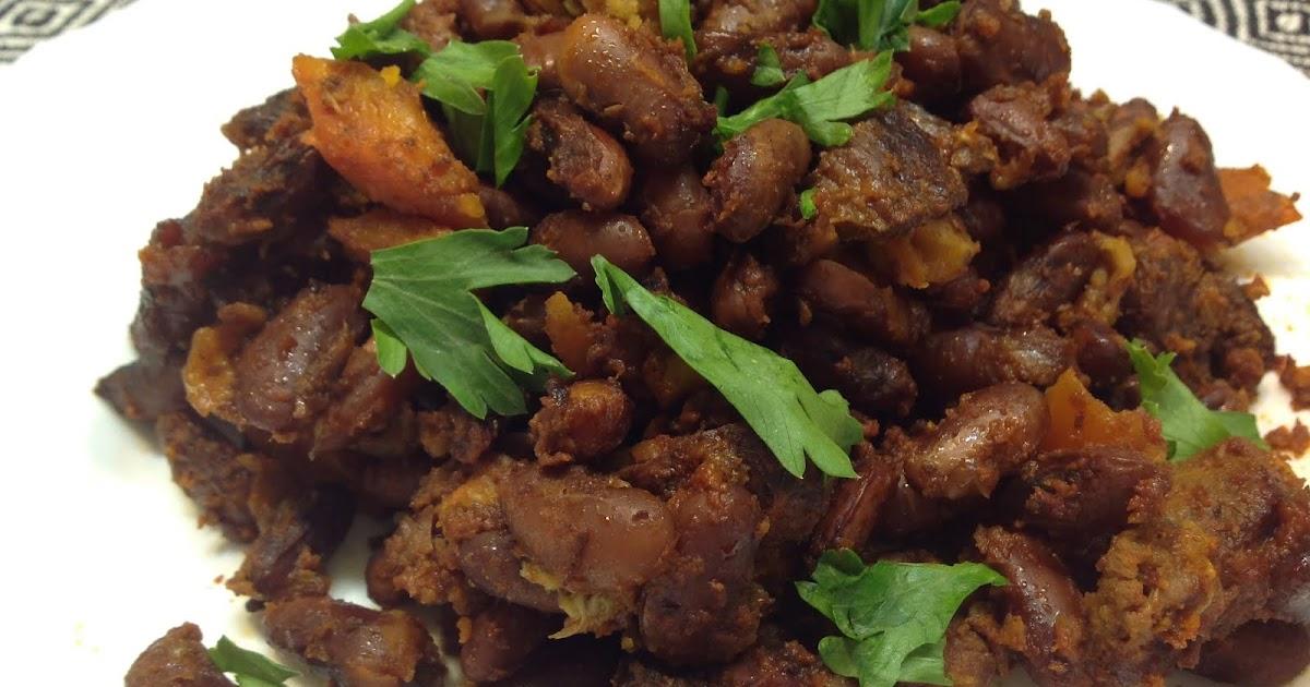 Рагу с говядиной, фасолью и томатами в мультиварке-скороварке