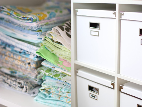 Fabric+Stoff+and+Ikea+Boxes Craft Room and Fabric Storage Inspiration from Hoytrykk