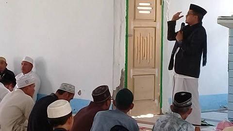 Tablig Akbar di Poreang Lutra, Penceramah Ini Ajak Jamaah Doakan Kesembuhan Bupati Indah