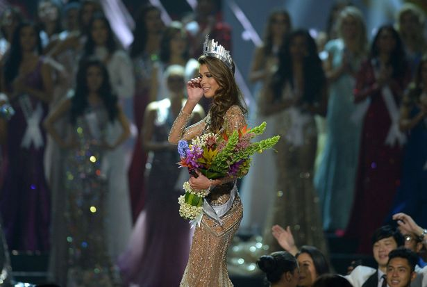 Miss France Iris Mittenaere wins Miss Universe 2016