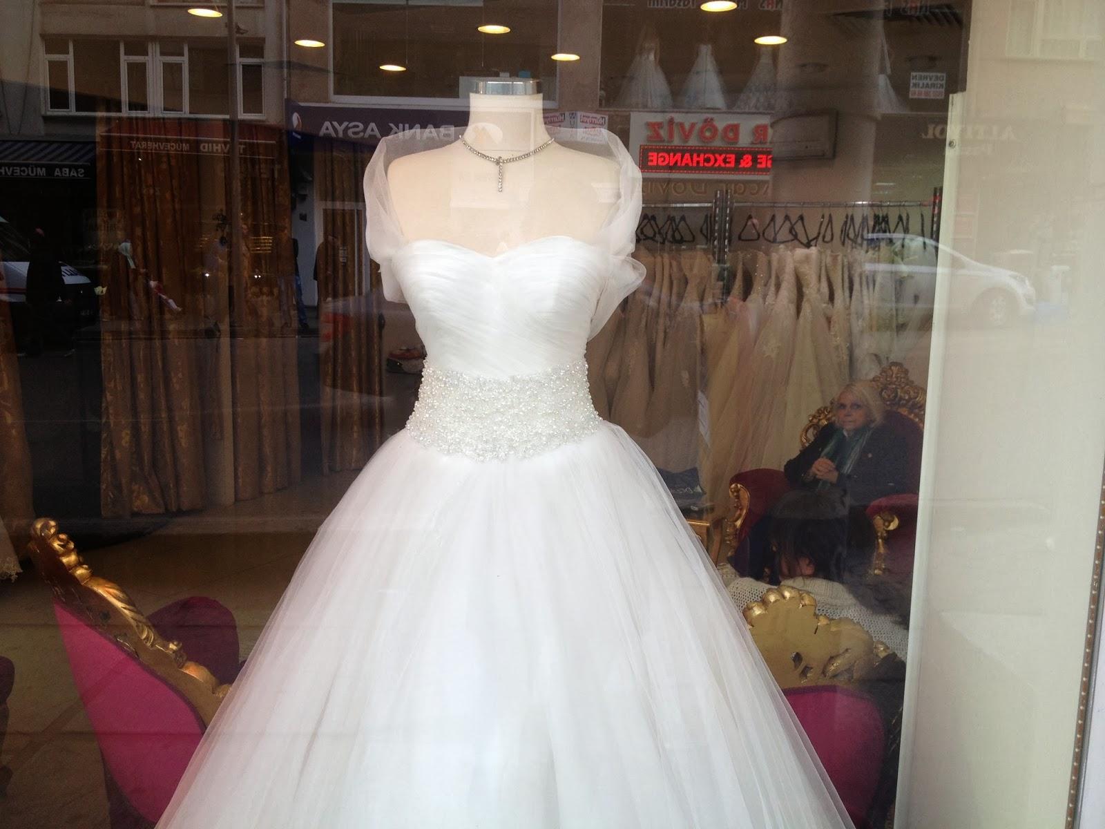 0329a9cce9c4f Acheter sa robe de mariée à Istanbul, oui mais où?