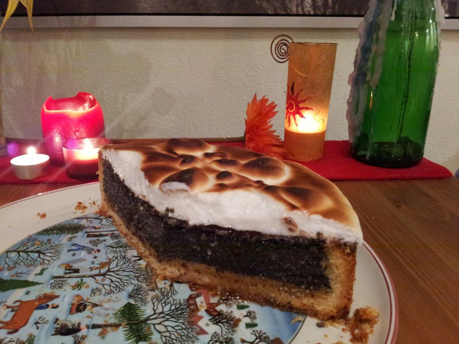 Kuchengasbrenner Mohn Marzipan Torte Mit Baiser Haube Himmlisch