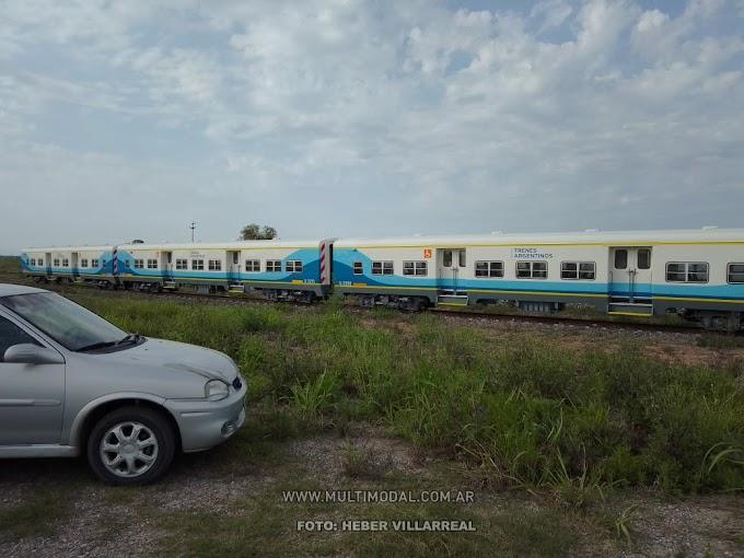 Los coches para el tren a Paiva en Villa La Ribera