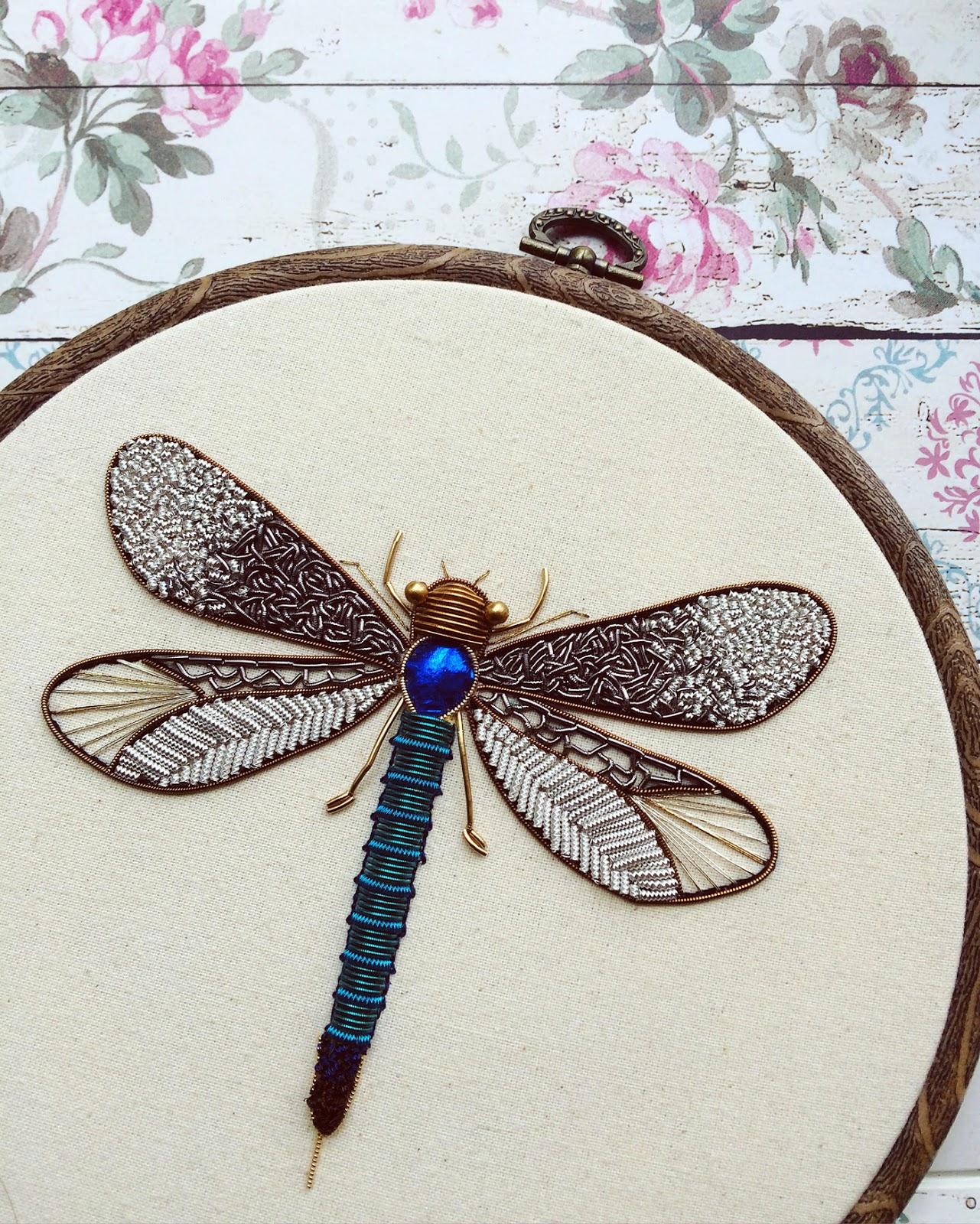 ESTÁ CHINGÓN: Bordados metálicos brillantes de libélulas y otros ...