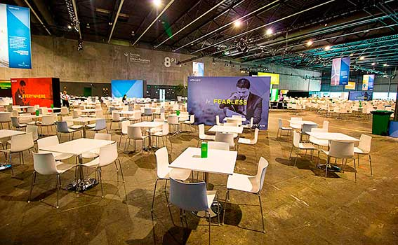 Zona de catering del recinto vmworld 2016.