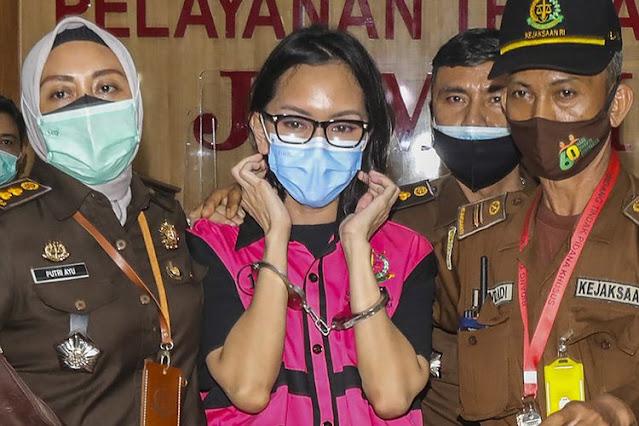 Pak Hakim yang Terhormat, Tolong Vonis Pinangki 20 Tahun Penjara, Alasannya Ada 5
