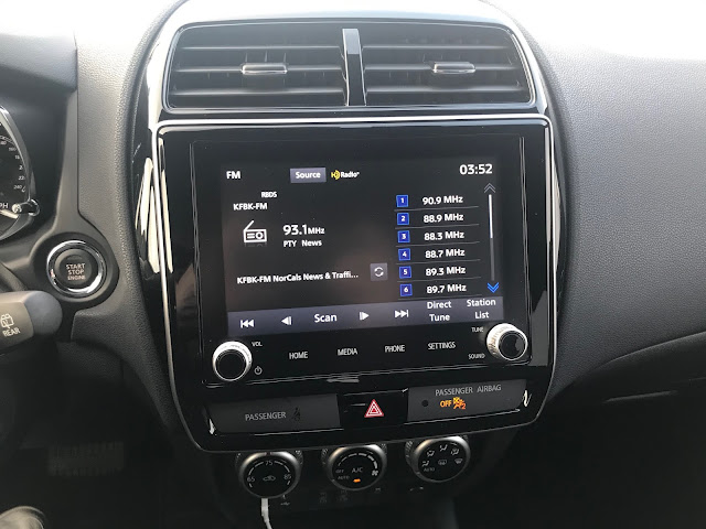 Infotainment and HVAC in 2020 Mitsubishi Outlander Sport 2.4 GT AWC