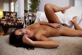 Hot Girl Naked - vanessa_decker_23_57849_9.jpg