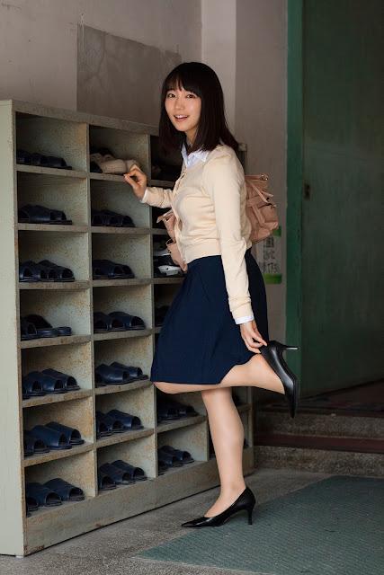 Riho Yoshioka 吉岡里帆 Sensei Shonichi Images 06