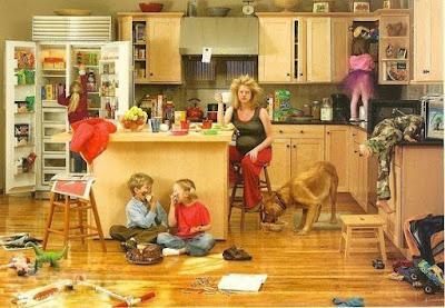 Familie und Haushalt - Unordnung aufräumen lustige Bilder