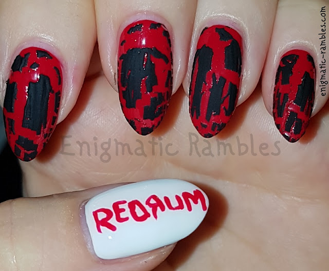 The-Shining-REDRUM-MURDER-Halloween-Nails