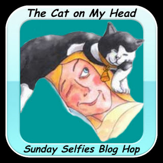 The Cat On My Head's Sunday Selfie Blog Hop