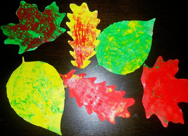 techniki plastyczne, zabawy dla dzieci, eksperymenty, twórczość, kreatywne inspiracje, integracja, edukacja, zabawa, prace plastyczne. proste prace plastyczne, jesień, jesienne prace plastyczne