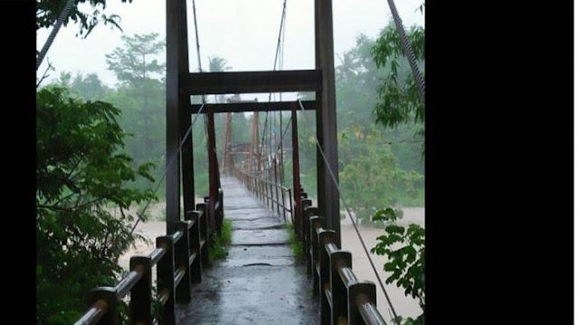 Video Detik-detik Jembatan Gantung Di Yogya Luluh Lantah Diterjang Banjir, Bikin Ngeri Lihatnya....
