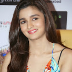 Alia Bhatt  Sleeveless high resolution pictures