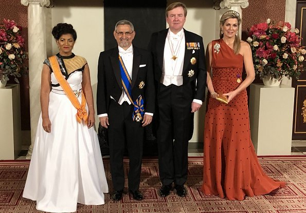 Queen Maxima wore Claes Iversen dress. President Jorge Carlos de Almeida Fonseca and his wife Lígia Dias Fonseca. Princess Beatrix