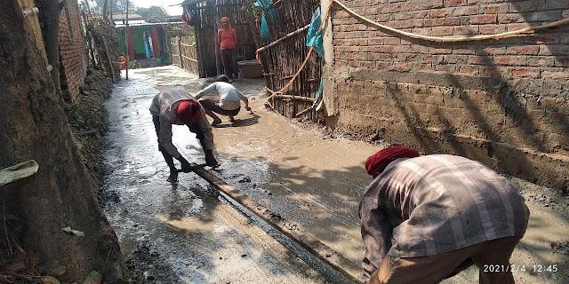 बर्री में पीसीसी सड़क निर्माण से ग्रामीणों ने हर्ष