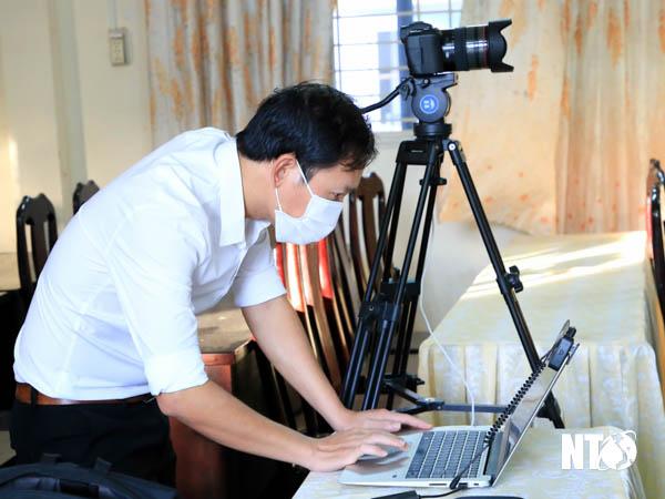 Tp. Phan Rang-Tháp Chàm: Nỗ lực dạy và học trực tuyến để thích ứng với tình hình dịch Covid-19