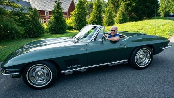Chevrolet Chevrolet Corvette StingRay 1967 Joe Biden