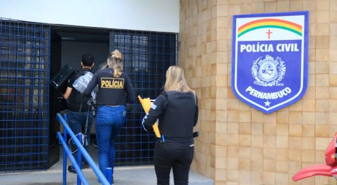 Polícia cumpre mandado de afastamento de cargo político no Cabo de Santo Agostinho