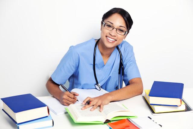 Học ngành điều dưỡng dễ định cư sau du học Canada