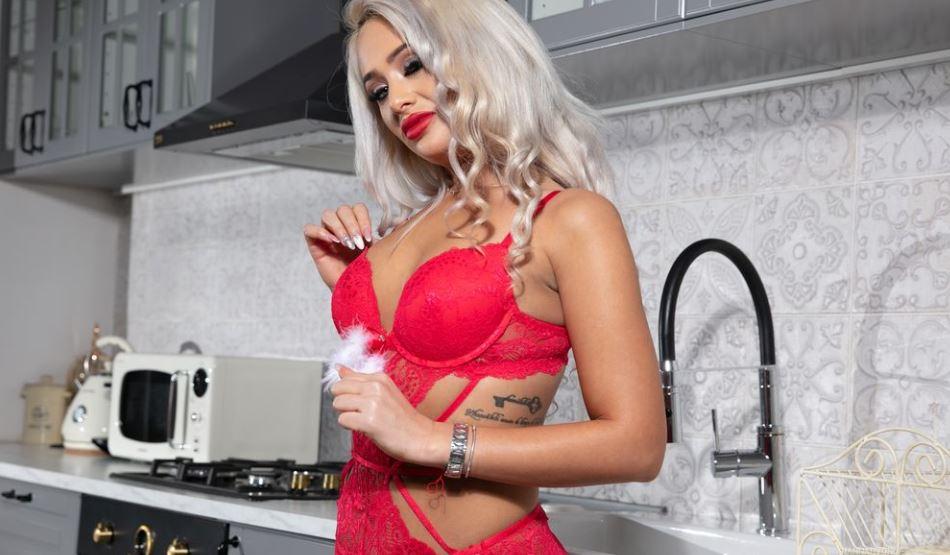 HannahVonDe Model GlamourCams