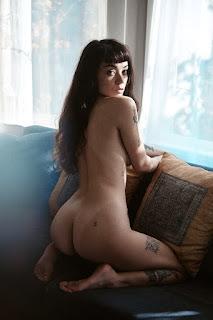 Sexy Pussy - Inviting Girl Art - 20200725