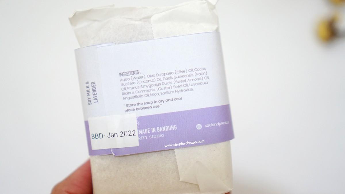 di belakang label sabun ada informasi komposisi dan expired date
