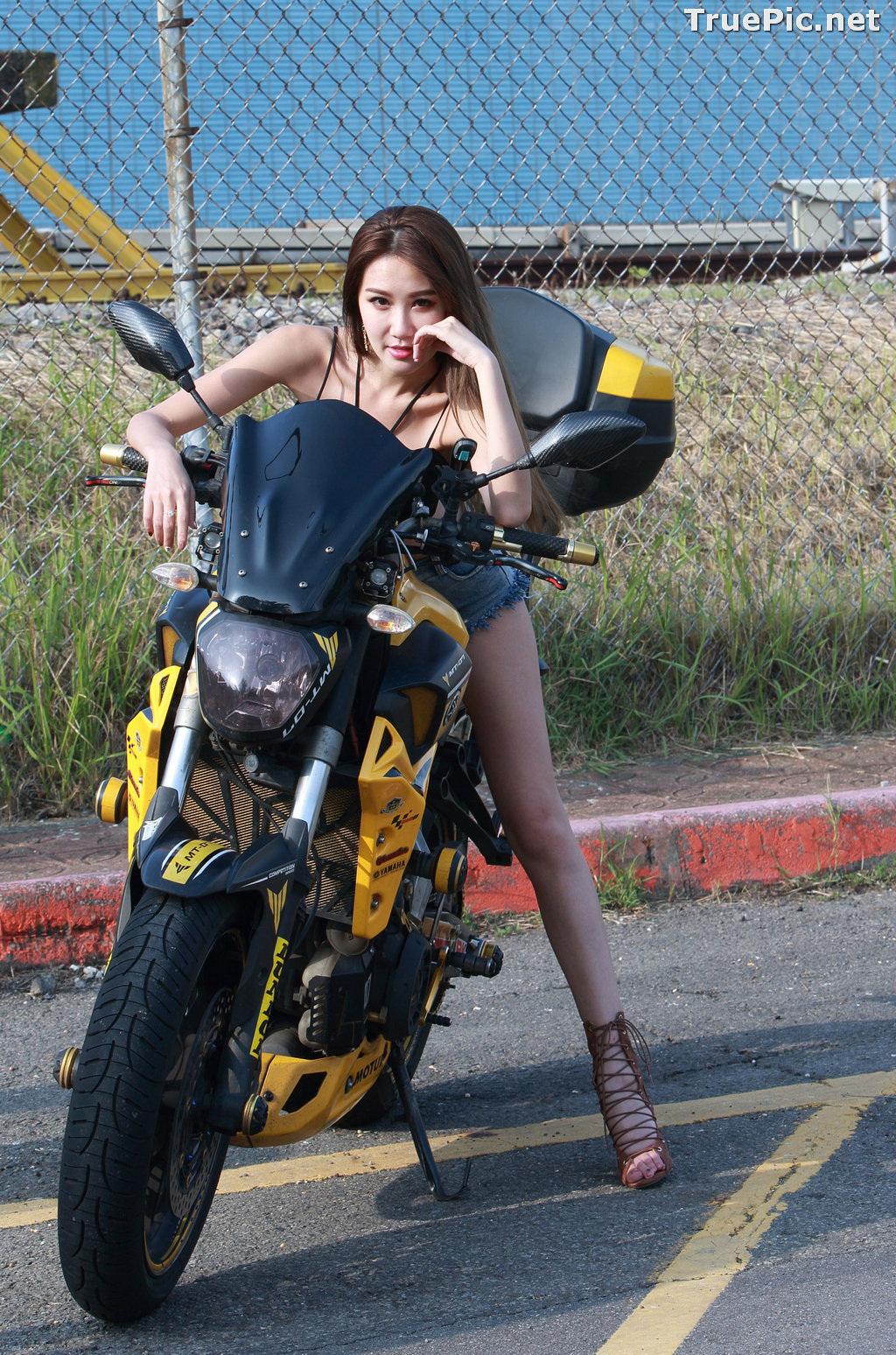 Image Taiwanese Model - Suki - Beautiful and Lovely Motor Racing Girl - TruePic.net - Picture-1