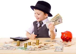 Membimbing Anak Mengatur Keuangannya.