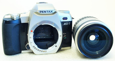 Pentax MZ-7 (Chrome) Body #777, SMC Pentax-FA 1:3.5~5.6 28-80mm #011
