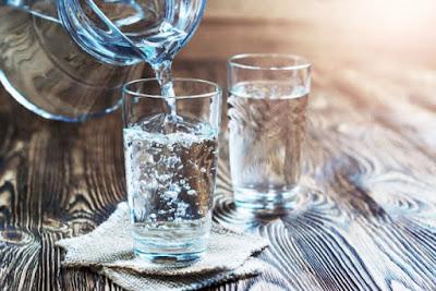 waktu paling bagus minum air putih