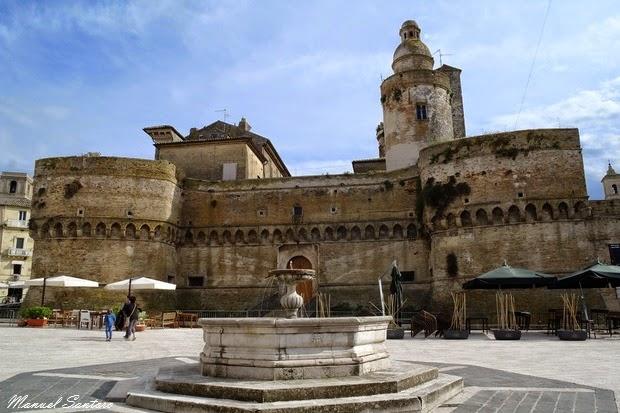 Vasto, Castello Caldoresco