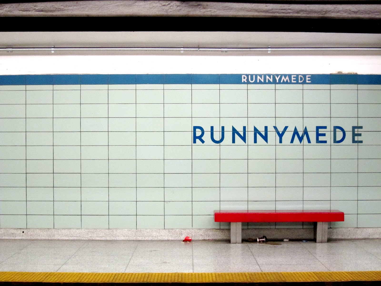 Runnymede station platform