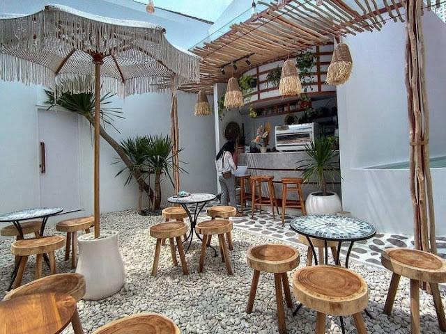 daftar harga menu litchi cafe malang, menu litchi cafe malang, lokasi alamat litchi cafe malang, cafe baru instagramable di malang
