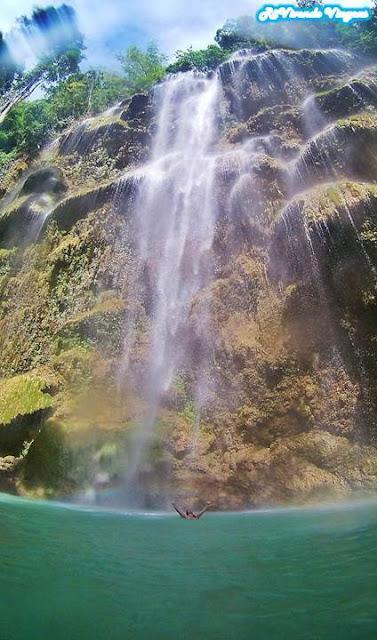 tumalog falls cebu filipinas