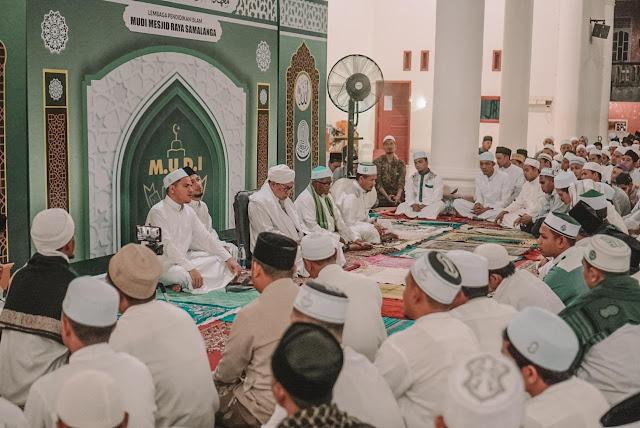 Santri dan Dewan Guru Peringati Haul Abon Aziz Ke-31