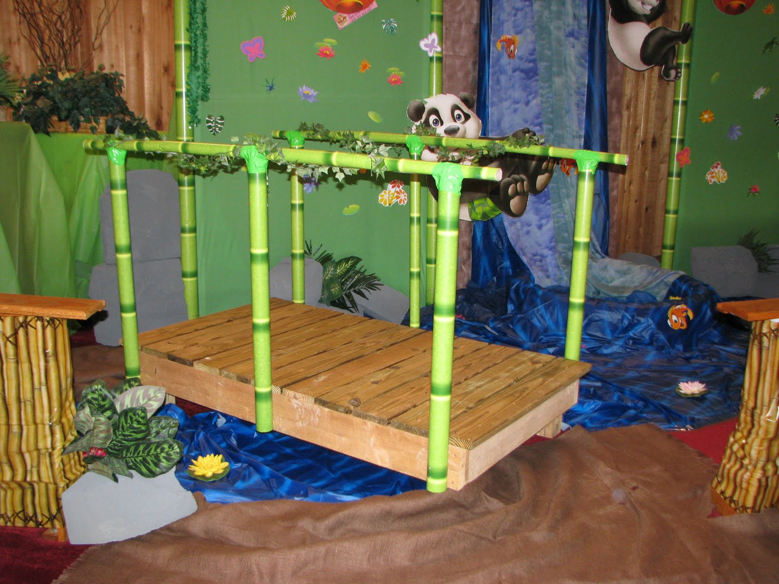 Nutmeg Creations Vacation Bible School Decorations