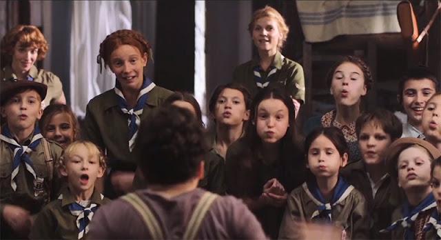 Tráiler de 'Resistencia' (Resistance), protagonizada por Jesse Eisenberg