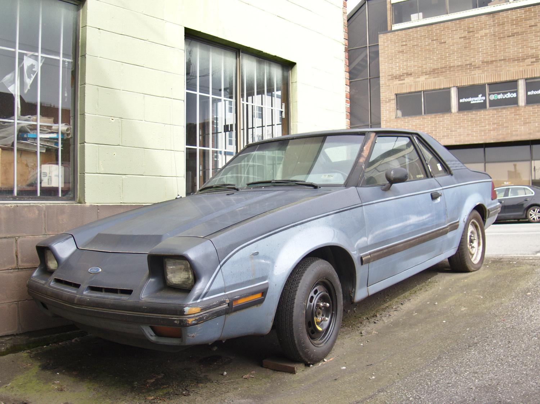 1984+Ford+EXP+01.jpg
